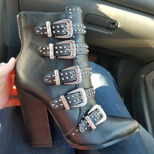 New steve madden studded western buckle boots